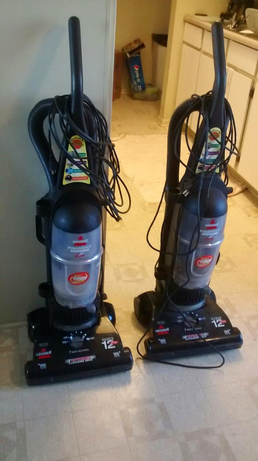 Vintage Affair Vacuum Cleaner Reassemble