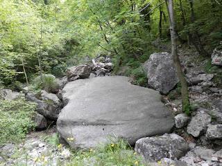canzo roccia