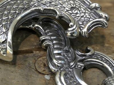 Legio Made - Serpent & Arabesque Key Chain
