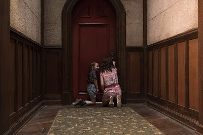 The Haunting Of Hill House Series Image 2