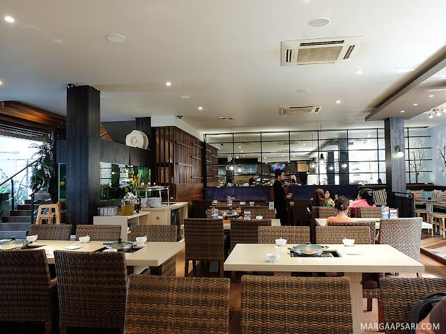 Suasana Sekai Restaurant