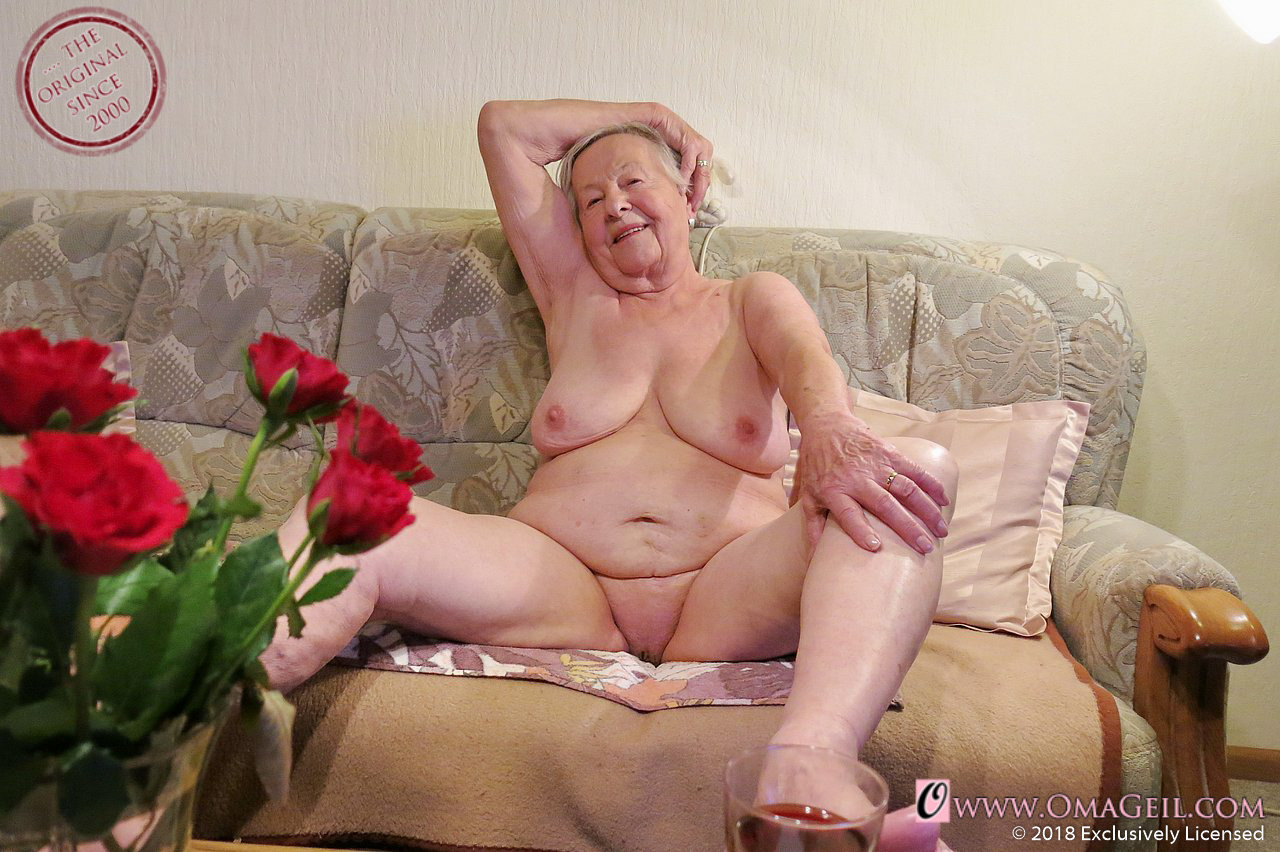 Hot Granny Porn Pictures And Vids - Free Granny And Mature -5776