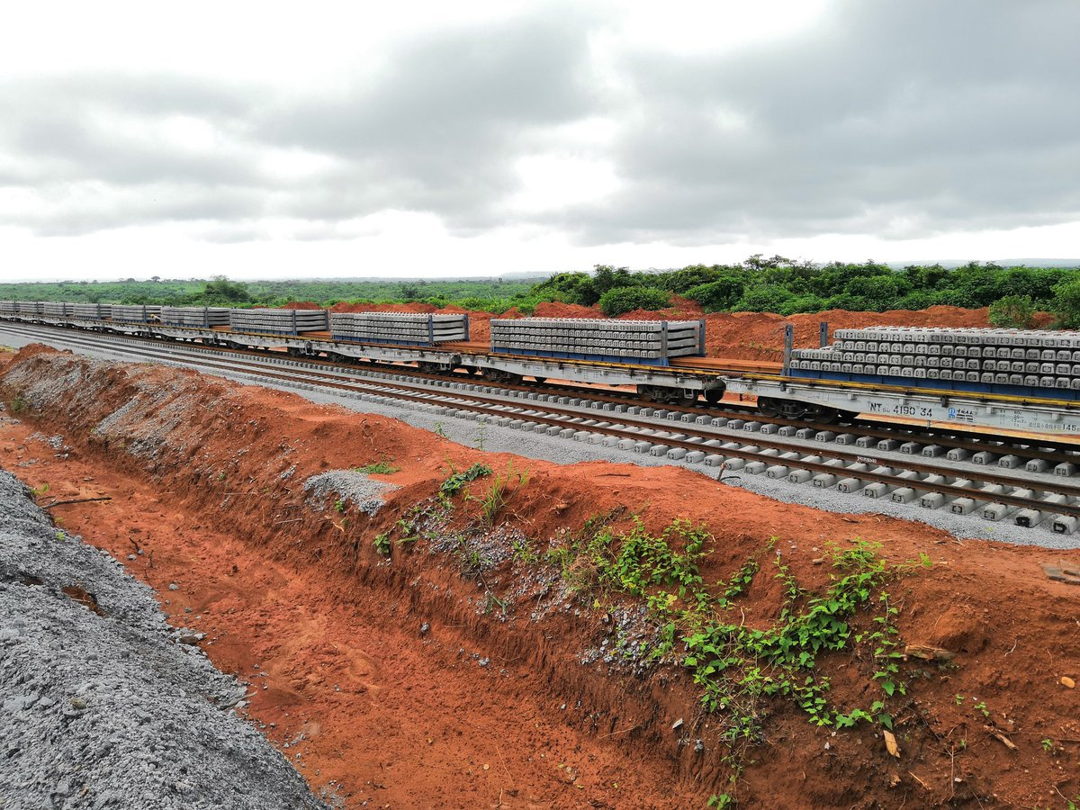 Lagos-Ibadan Railway: 2018 No Longer Feasible, Fixes New Date For Completion