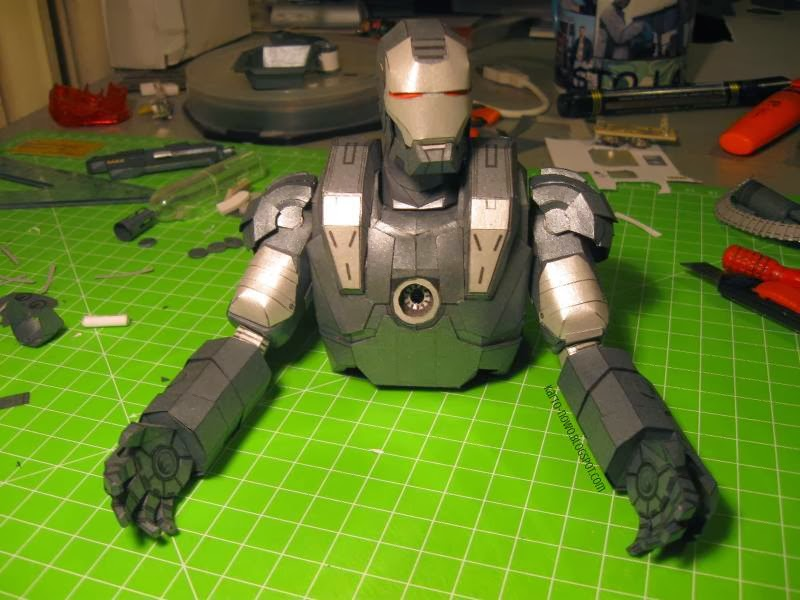 paprecraft; paper model; iron man; war machine; iron man 2; model kartonowy; robot; making of; paper; arms; legs; iron man helmet; gatling gun; metal model; arc reactor; gun; marvel; image; model z papieru; bron; ruchomy model; kartonowo; blog; how to make models; detailed model; papercraft; body; iron man movie; moveable model; war machine download; paper-replika; poseable figurine