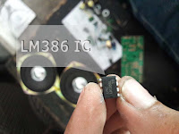 LM386 Chip photo by elcircuit