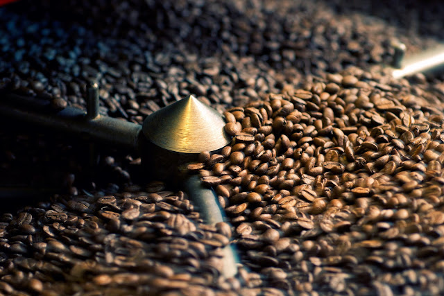 Enjoy the Best Freshly-Roasted Coffee Beans Delivered Straight to Your Door