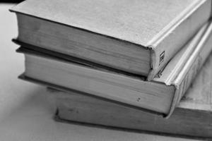 Tocho de libros apilados