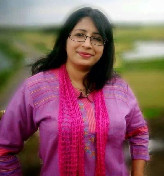 Malayalamrani : Malayalam TV Anchor Dr. Lakshmi Nair Hot
