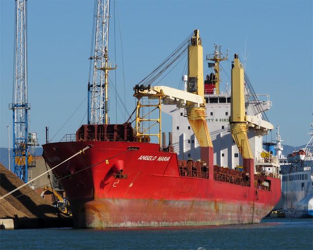 """Container ship """"Venetiko"""" (IMO 9260914), port of Livorno"""