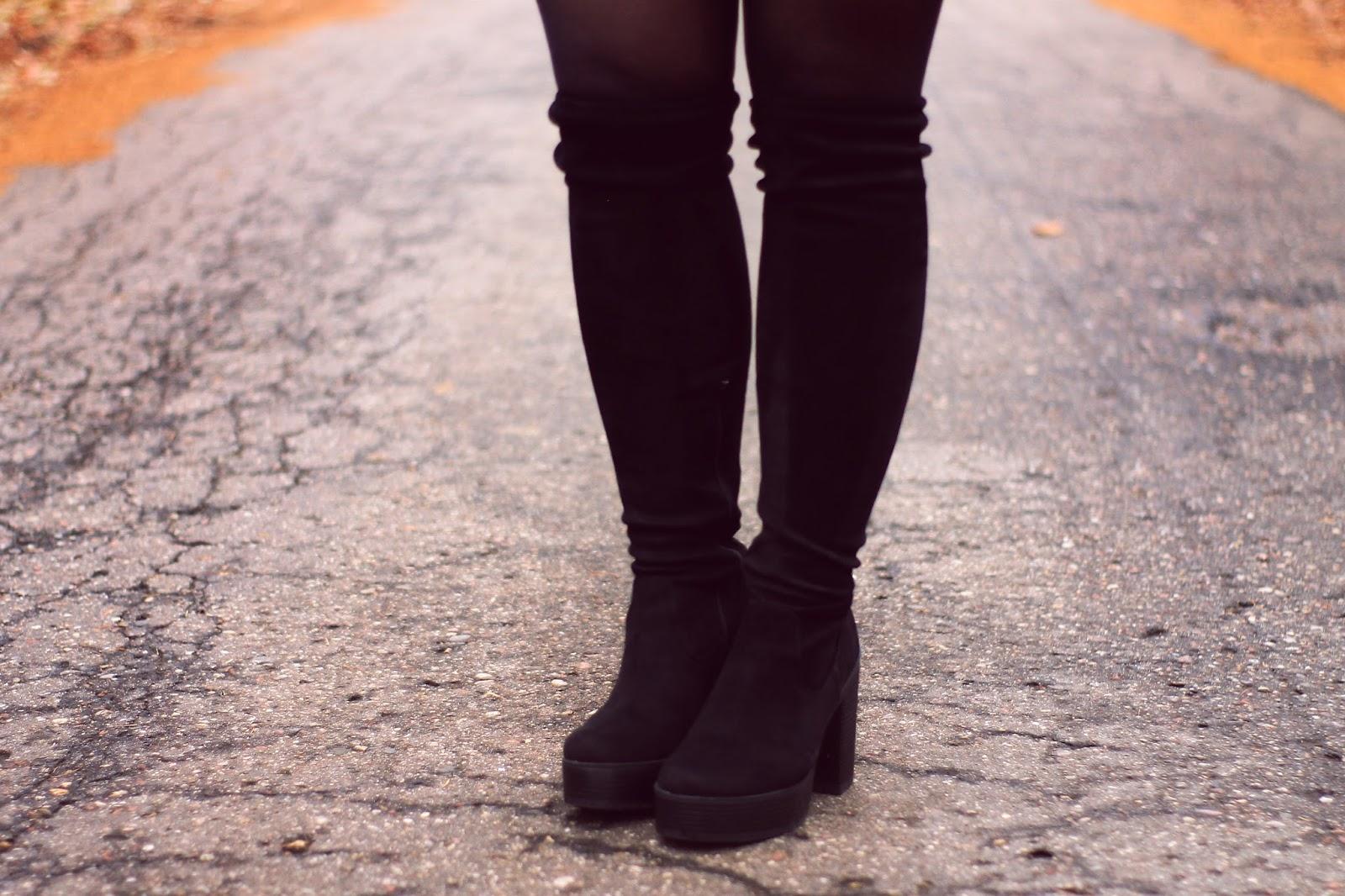 czarne zamszowe kozaki nad kolano