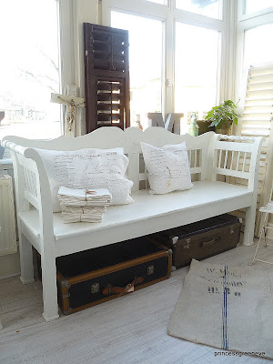 princessgreeneye november 2011. Black Bedroom Furniture Sets. Home Design Ideas