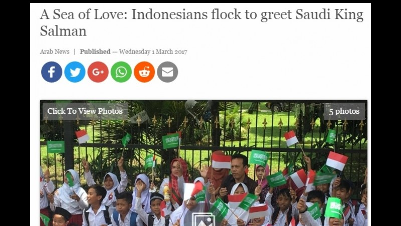 ArabNews memberitakan sambutan warga Indonesia atas Raja Salman