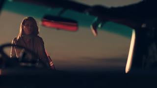 Funda Arar  Düşman Gibi Şarkı Sözleri