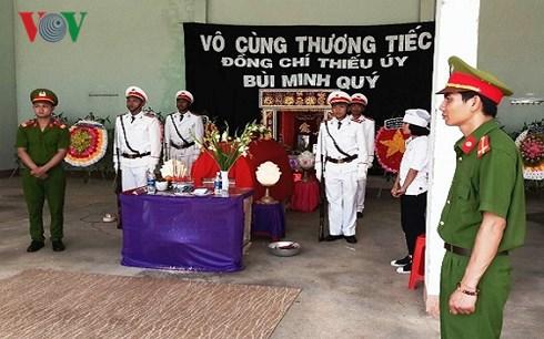 Xót xa tiễn biệt chiến sĩ công an trẻ hy sinh ở Gia Lai
