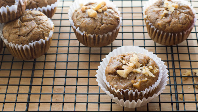 How To Make A Healthy Banana Nut Muffins