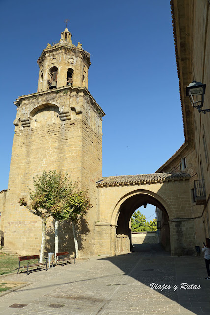 Iglesia del Crucifijo de Puente la Reina
