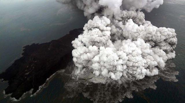 Tanda-tanda Gunung Anak Krakatau Menuju Bahaya Besar, Begini Geliatnya