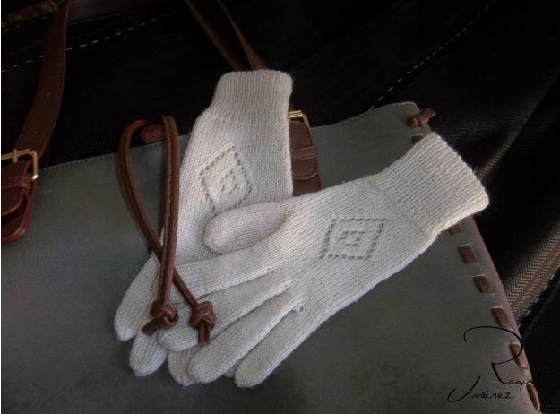 esquema guantes tejidos a mano