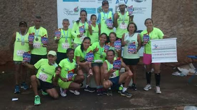 Atletas da AACS em evento em Barra Bonita