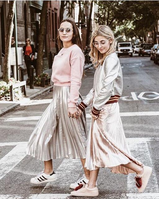 tendenza metallic street style tendenza primavera estate 2017 tendenza lamè accessori lamè abiti lamè abiti metallizzati metallic street style metallic trend