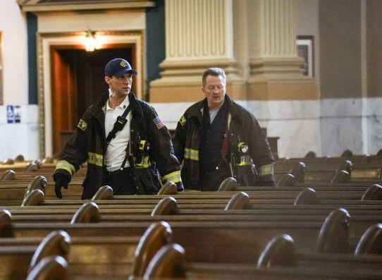 "NUP 186467 0269 595 Spoiler%2BTV%2BTransparent - Chicago Fire (S07E21) ""The White Whale"" Episode Preview"