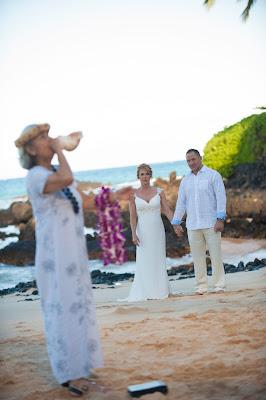 maui weddings, mai wedding planners, maui wedding photographers, maui wedding photography