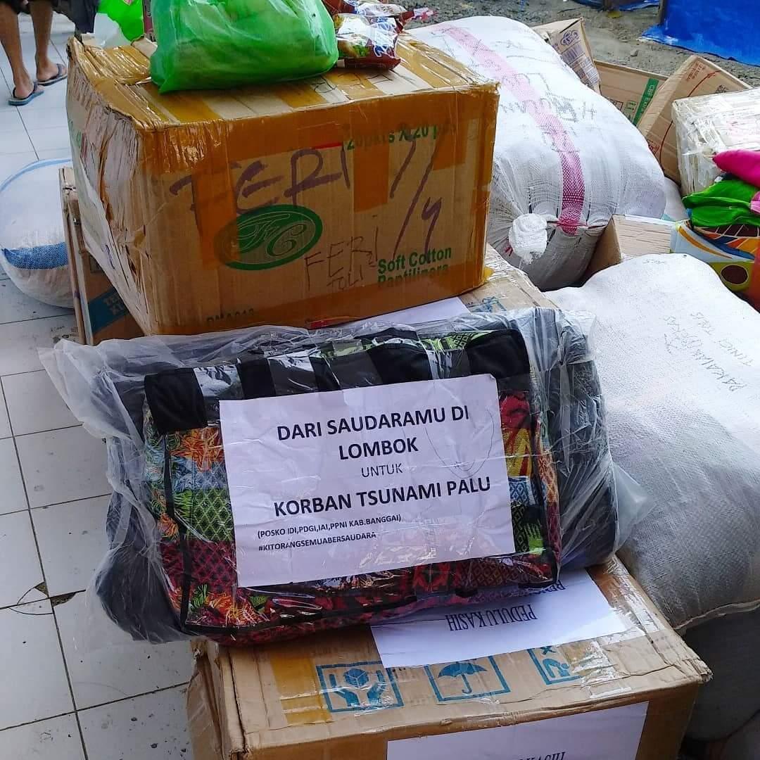 Mengharukan, Orang Lombok yang Kena Gempa pun Ikut Donasi untuk Palu