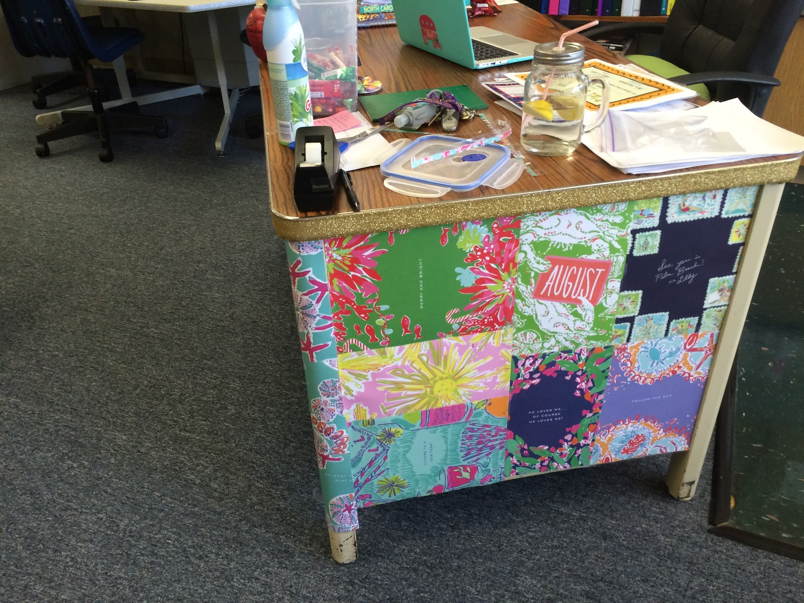 Excellent The Pirate Queen Teacher A Metal Desk Makeover Interior Design Ideas Inamawefileorg