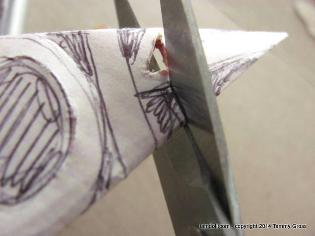 sharp scissors are important for tiny cuts