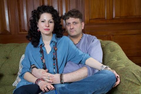 Andrew e sua namorada Fedra
