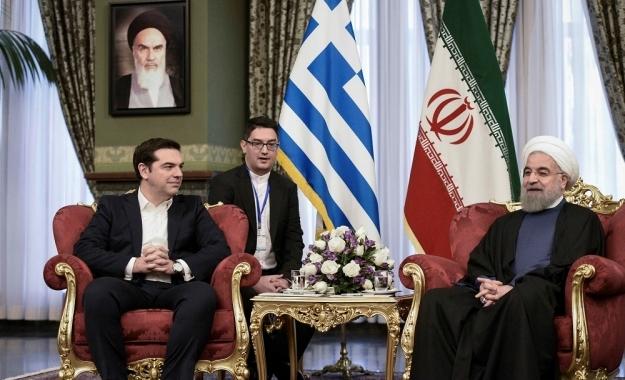 WSJ: Η Ελλάδα μπλόκαρε τις κυρώσεις για ιρανική τράπεζα που «συνδέεται με τρομοκρατία»