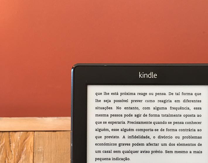 Resenha do livro: Quem brinca com o fogo..., de Luna Miller | Ebook Amazon