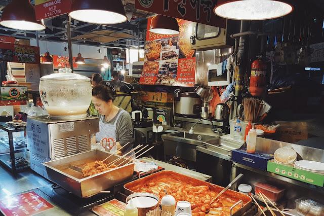 이모님 at Gwanjang Market