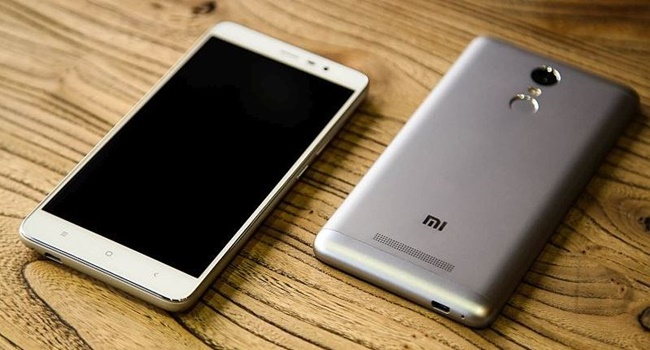 Smartphone Xiaomi Redmi 3 Pro Resmi Diluncurkan