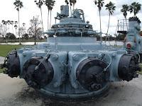 Antiguos motores usados en la compuertas del lago