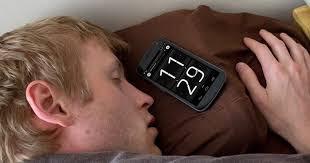 تحميل افضل برنامج منبه للايفون alarm clock مجانا