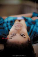Kundratthiley Kumaranukku Kondattam Tamil Movie Actress Riyamikka Po Shoot Images  0004.jpg
