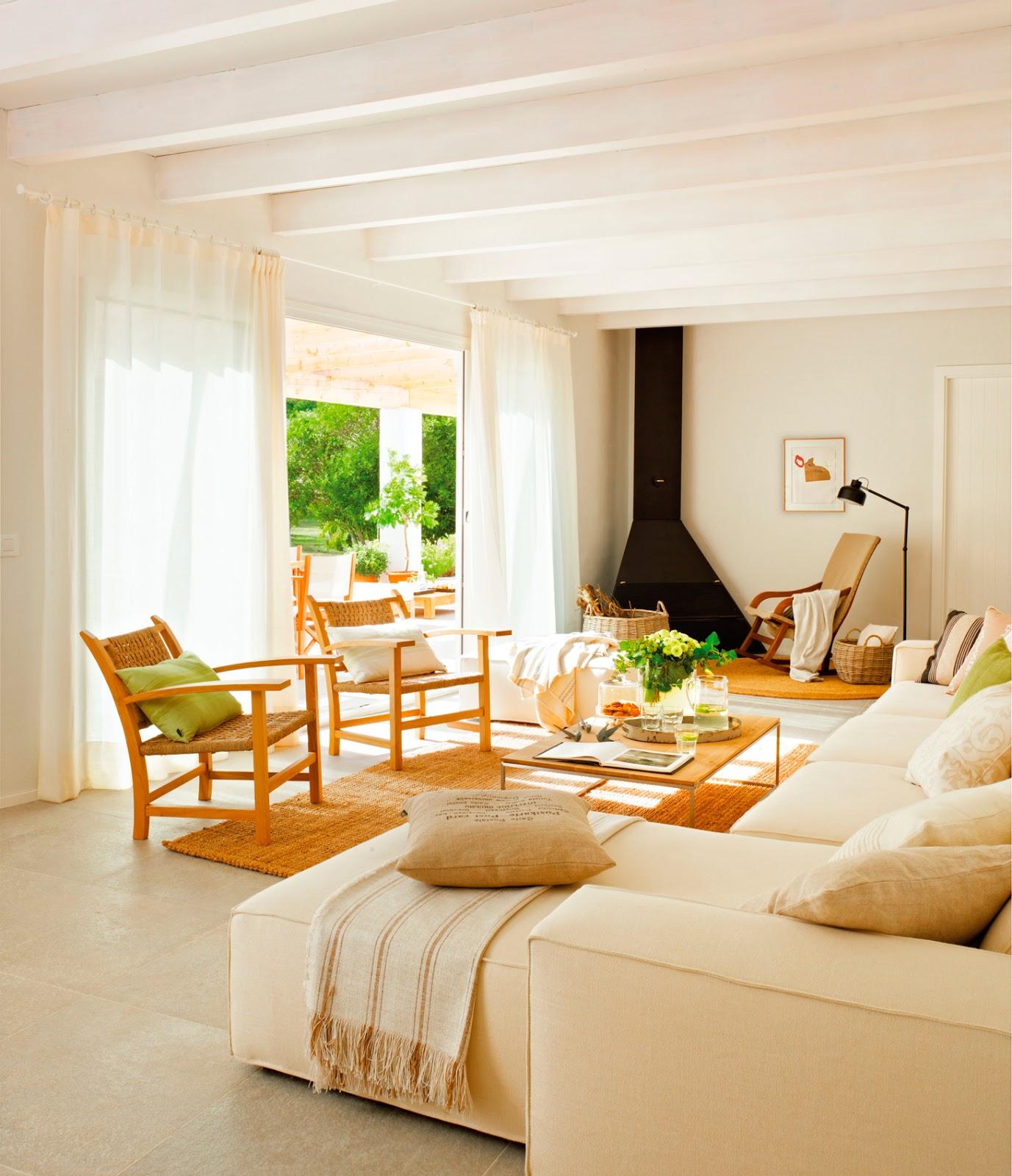 Las cositas de beach eau sofas en blanco con fundas o for Cuarto piso pelicula