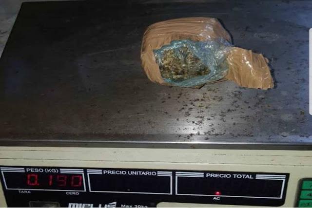 Embarazada llevaba paquete de drogas junto a su feto