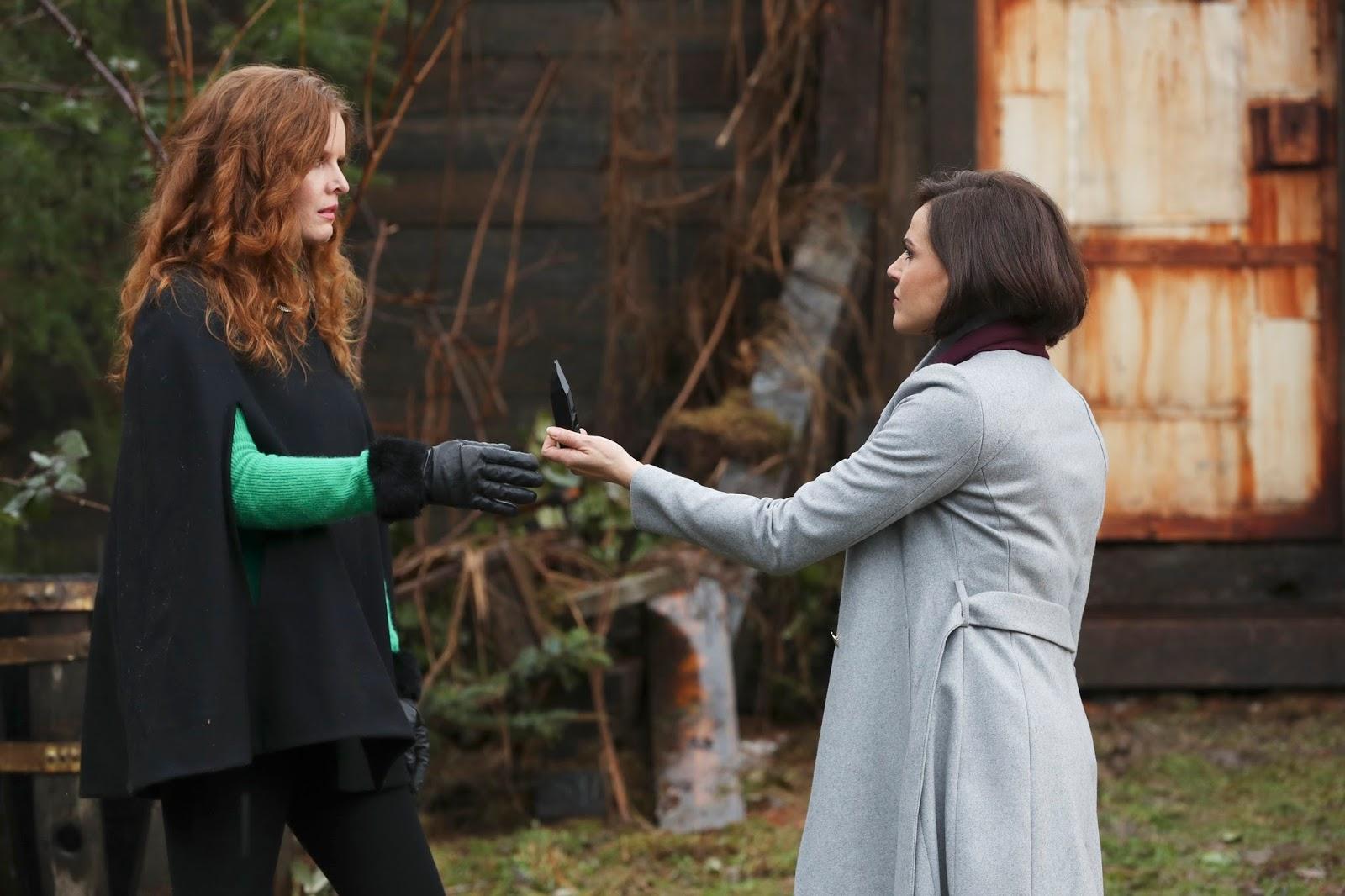 Regina pide a Zelena que vuelva a Oz en Once Upon a Time