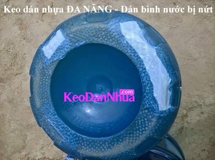 keo-dan-nhua-da-nang-dan-binh-nuoc-nhua-cung-bi-nut-lung