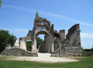 Photo of the ruins of the Abbey of Sant'Eustachio near Treviso