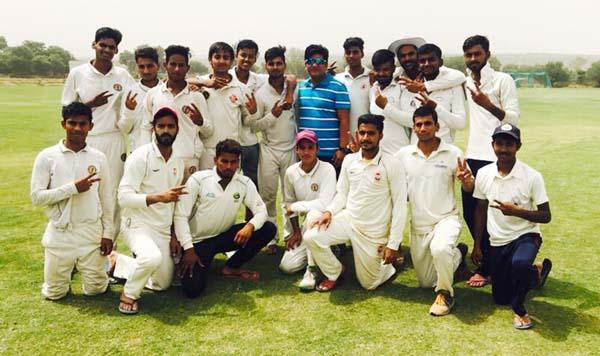 फरीदाबाद डिस्ट्रिक्ट ने महेंदरगढ़  को 156 रन और एक पारी से हराया