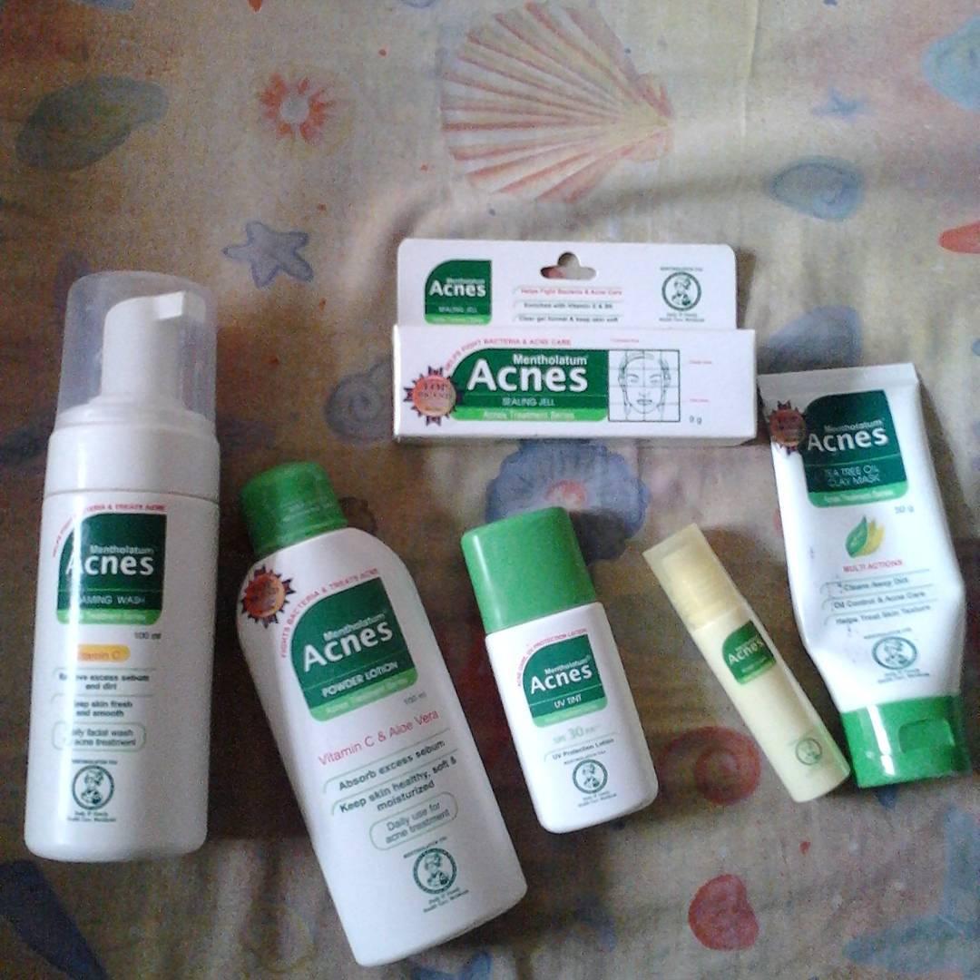 Annyeonghaseyo: Taklukan Jerawat Dengan Acnes Treatment