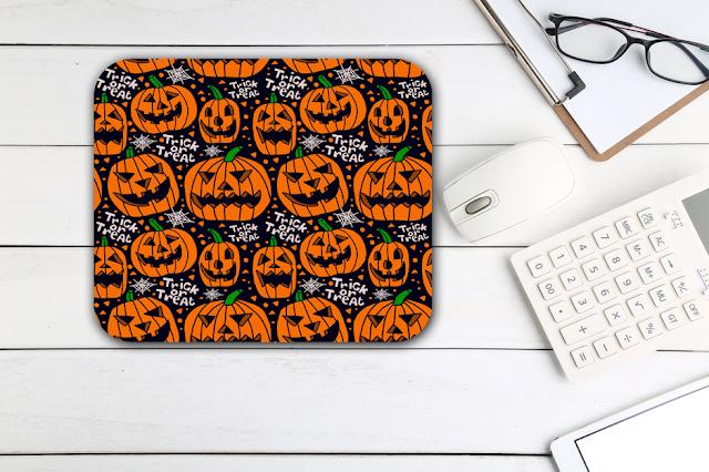 Miếng lót chuột được thiết kế theo chủ đề Halloween