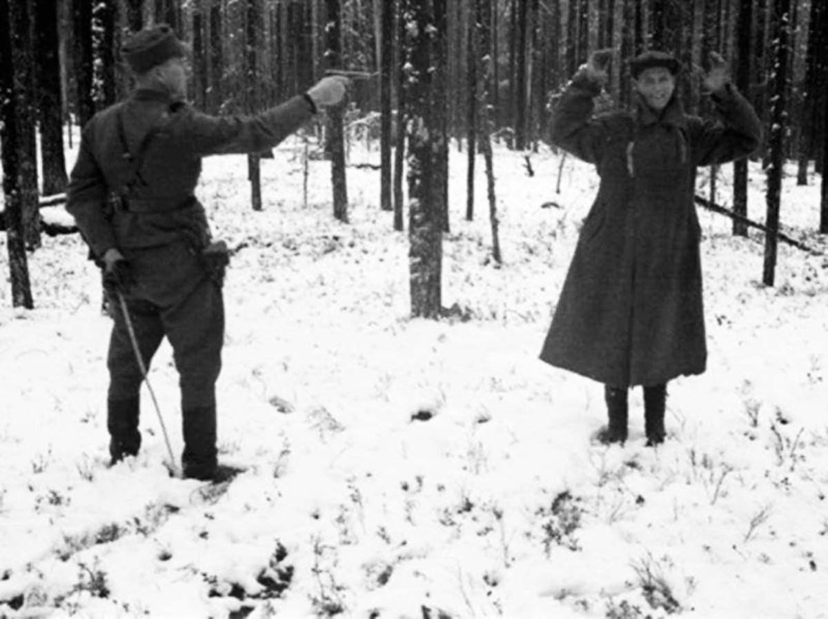 Russian spy laughing through his execution in Finland, 1942.