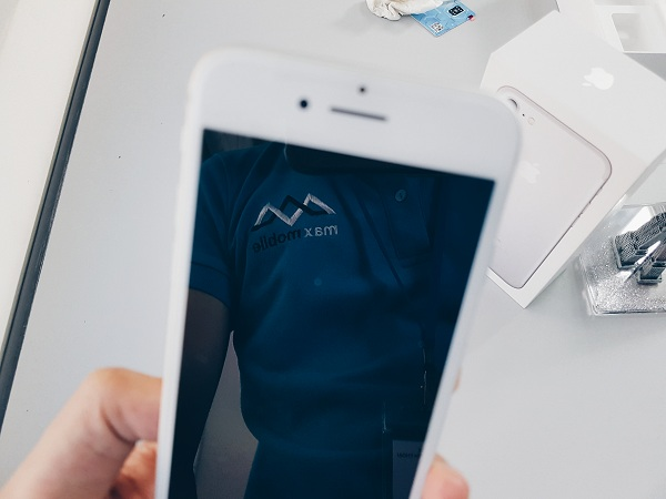 iPhone 7 bản lock sở hữu chip A10