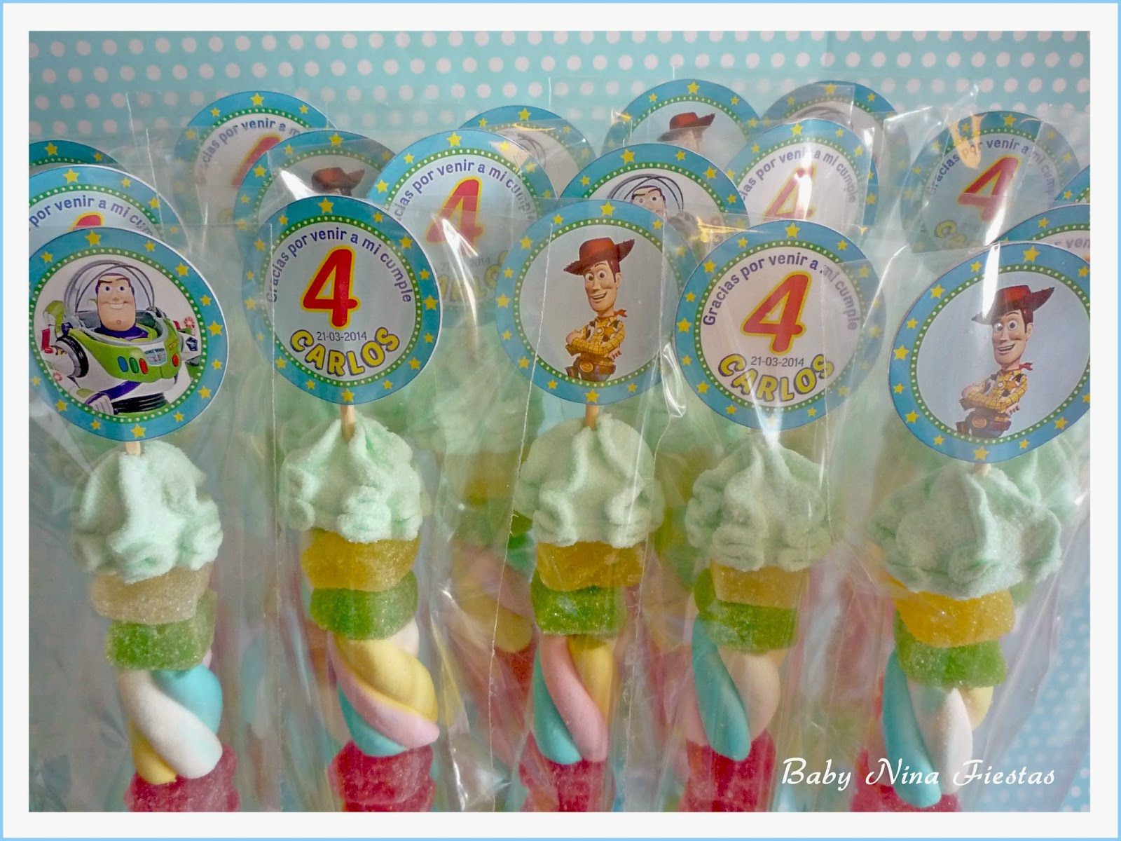 Brochetas de chuches  toy story