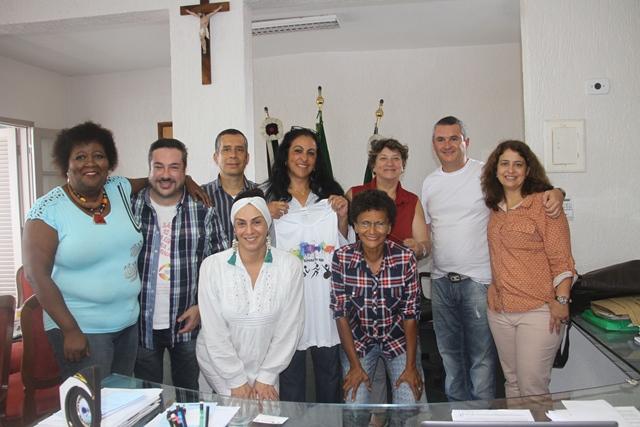 Representantes da Secretaria de Justiça e Cidadania e da Associação da Parada LGBT de São Paulo estiveram na Ilha para estudo da realização de uma parada LGBT