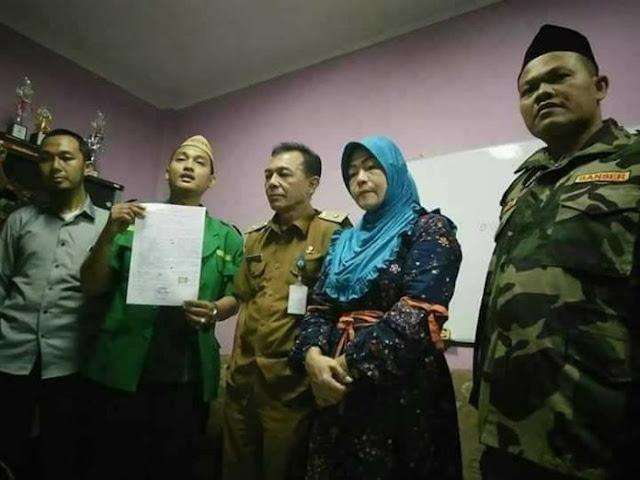 Emak-emak Penghina Ketum PBNU ini Minta Maaf setelah Didatangi GP Ansor